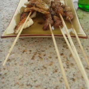 20130505_Beijing_Beihai_Houhei_Dachrestaurant_Mini_Portionen