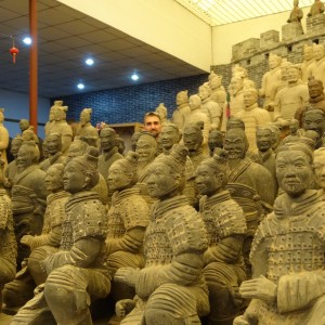 20130513_Xian_Couchsurfing_Terracotta_Warriors_017