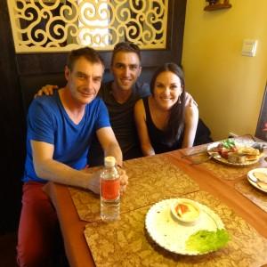 20130519_Lhasa_Kitchen_Chicken_Teryaki_mit_Naan