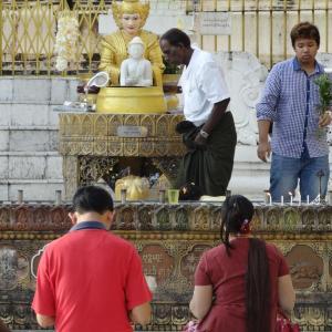 20130902_Yangon_Shwedagon_Pagode_028