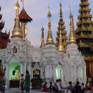 20130902_Yangon_Shwedagon_Pagode_049