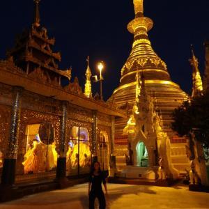 20130902_Yangon_Shwedagon_Pagode_058