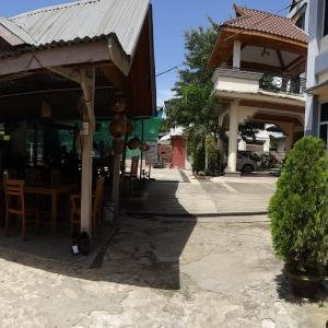 20130911_Hsipaw_Mr_Charles_Guesthouse003