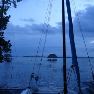 20131026_Sunrise_over_Bacalar_Laguna_023