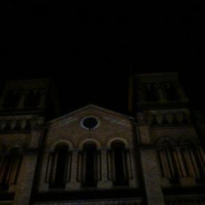 20131217_Parque_Bolivar_Catedral_Metropolitana_y_Rio_Medellin_010