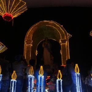 20131217_Parque_Bolivar_Catedral_Metropolitana_y_Rio_Medellin_043